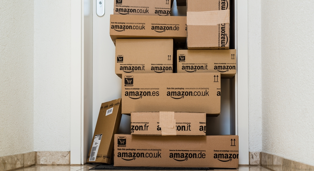 Amazon Launches Free Pick-up Service in UK