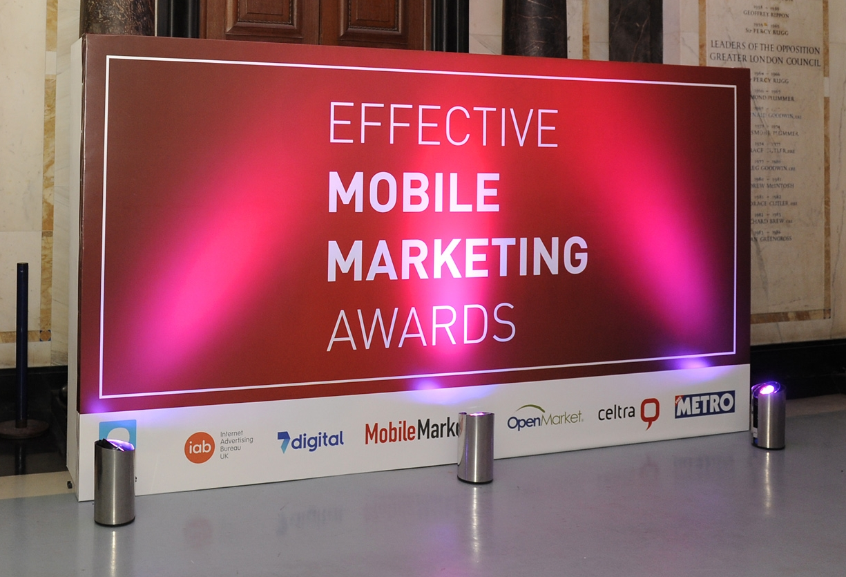 Follow the Effective Mobile Marketing Awards Live