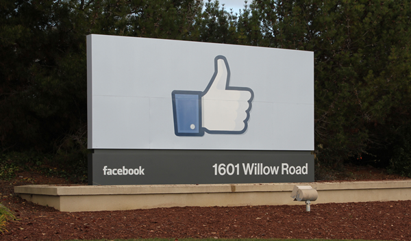 Facebook Posts Q3 Revenues of $3.2bn
