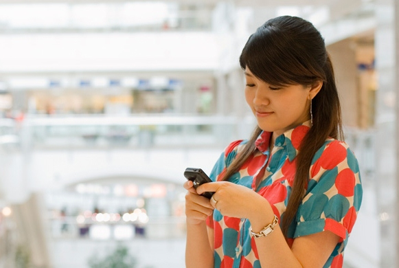 Mobile Shopping is Driving UK Retail eCommerce Sales