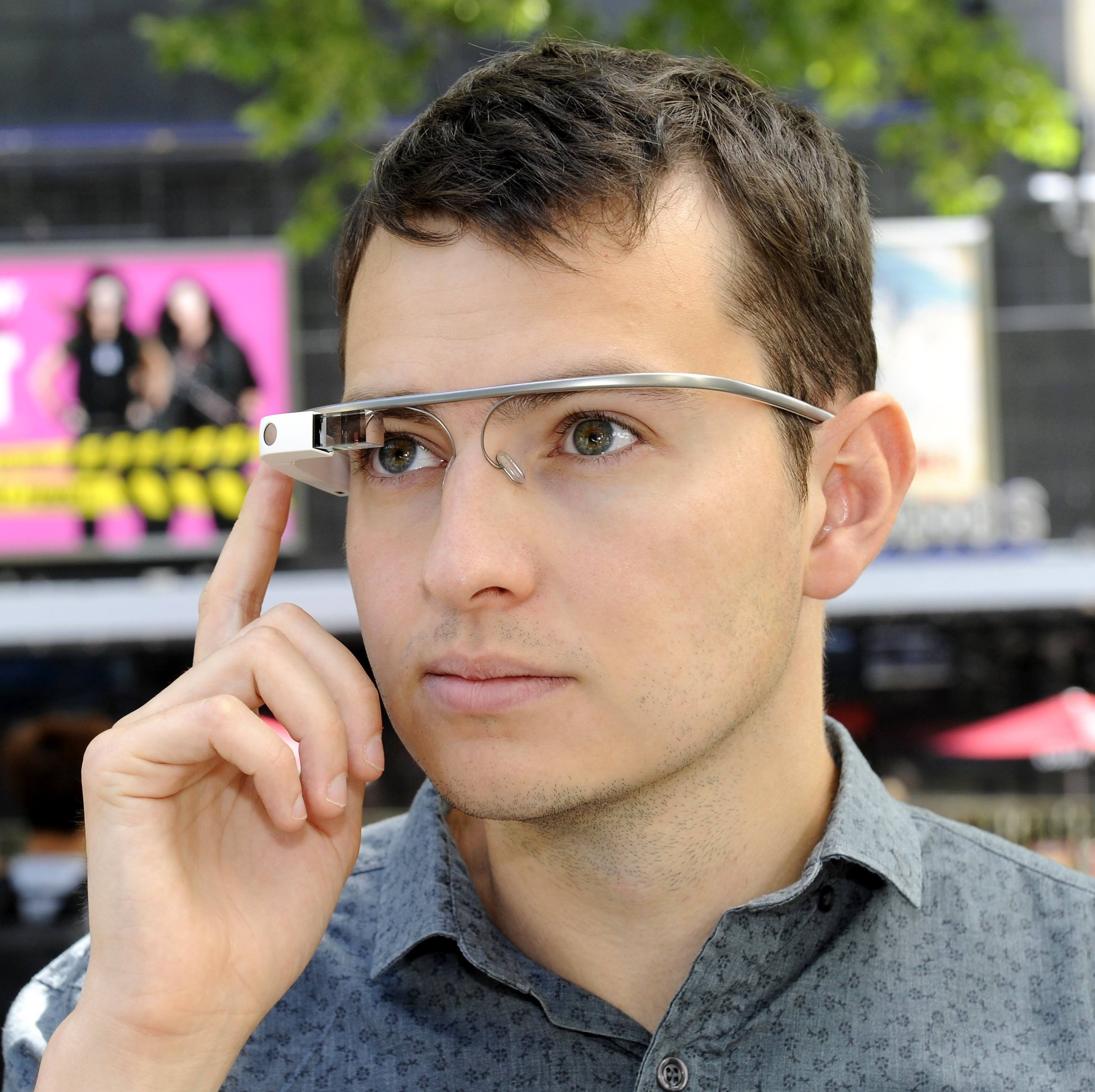 Google Glass Now on Sale in UK