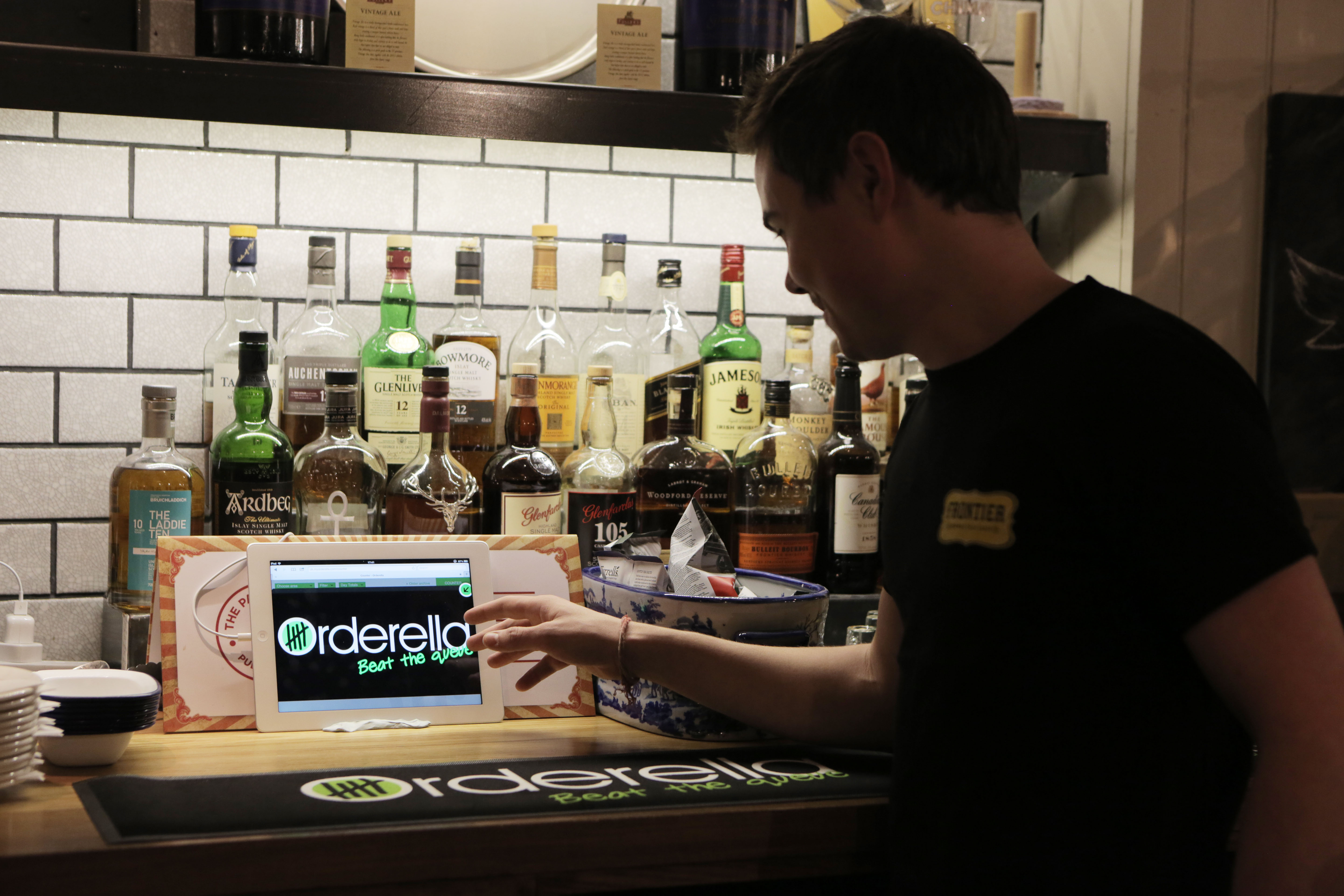 Orderella and Tamoco Partner to Push Ordering App with NFC and iBeacons