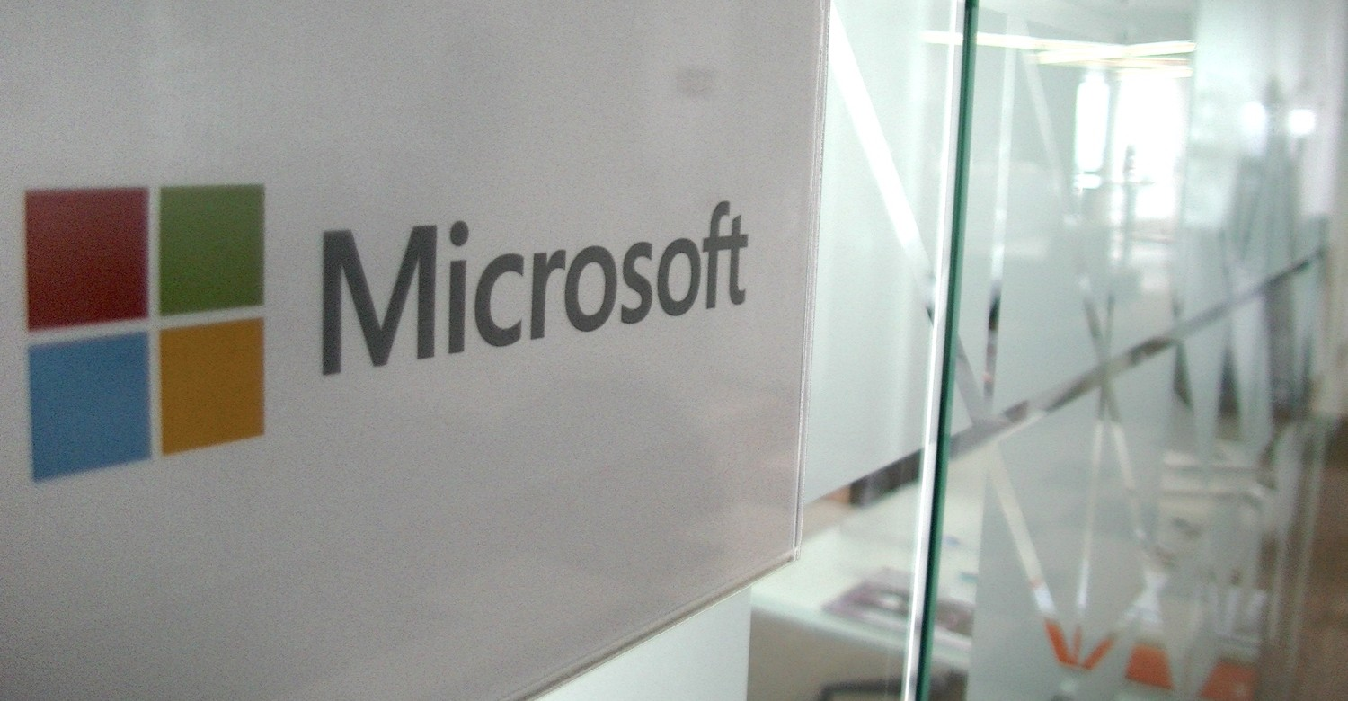 Microsoft Profits Drop 25 Per Cent in Q3