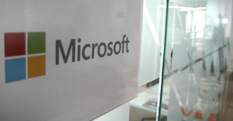 Microsoft Beats Wall Street Estimates to Post Impressive Fiscal Q2 Earnings