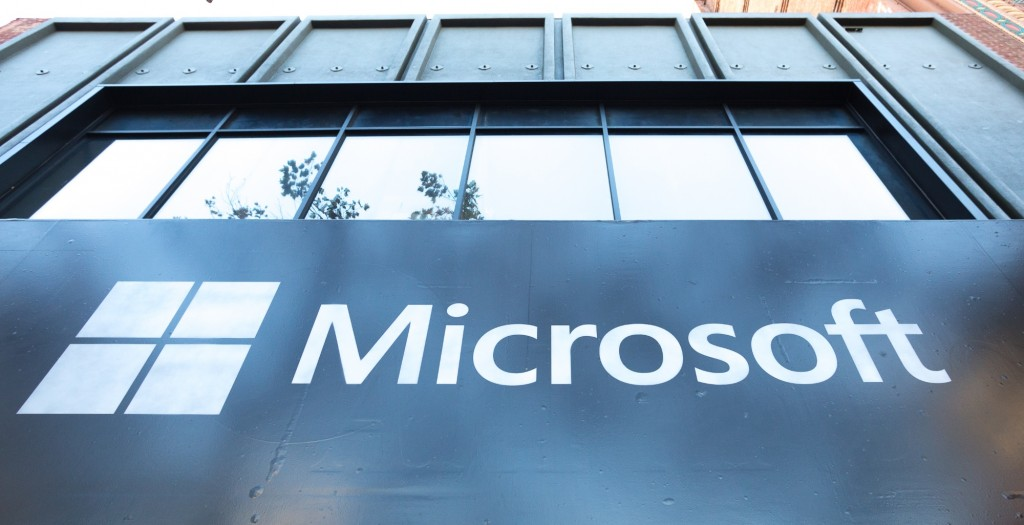 Microsoft to Rival Amazon Echo with Windows 10 HomeHub