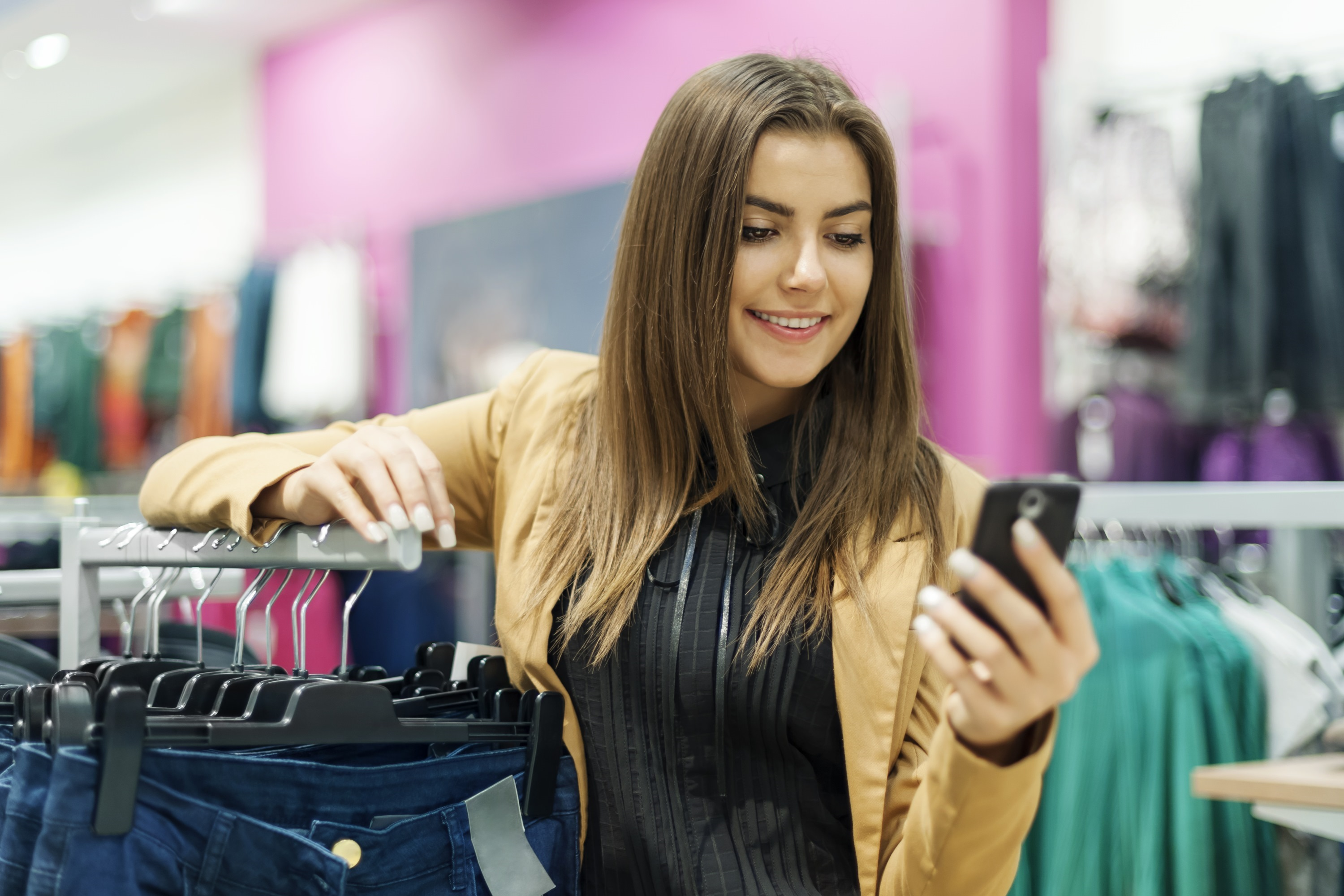 Shoppers Researching, if not Buying, on Mobile