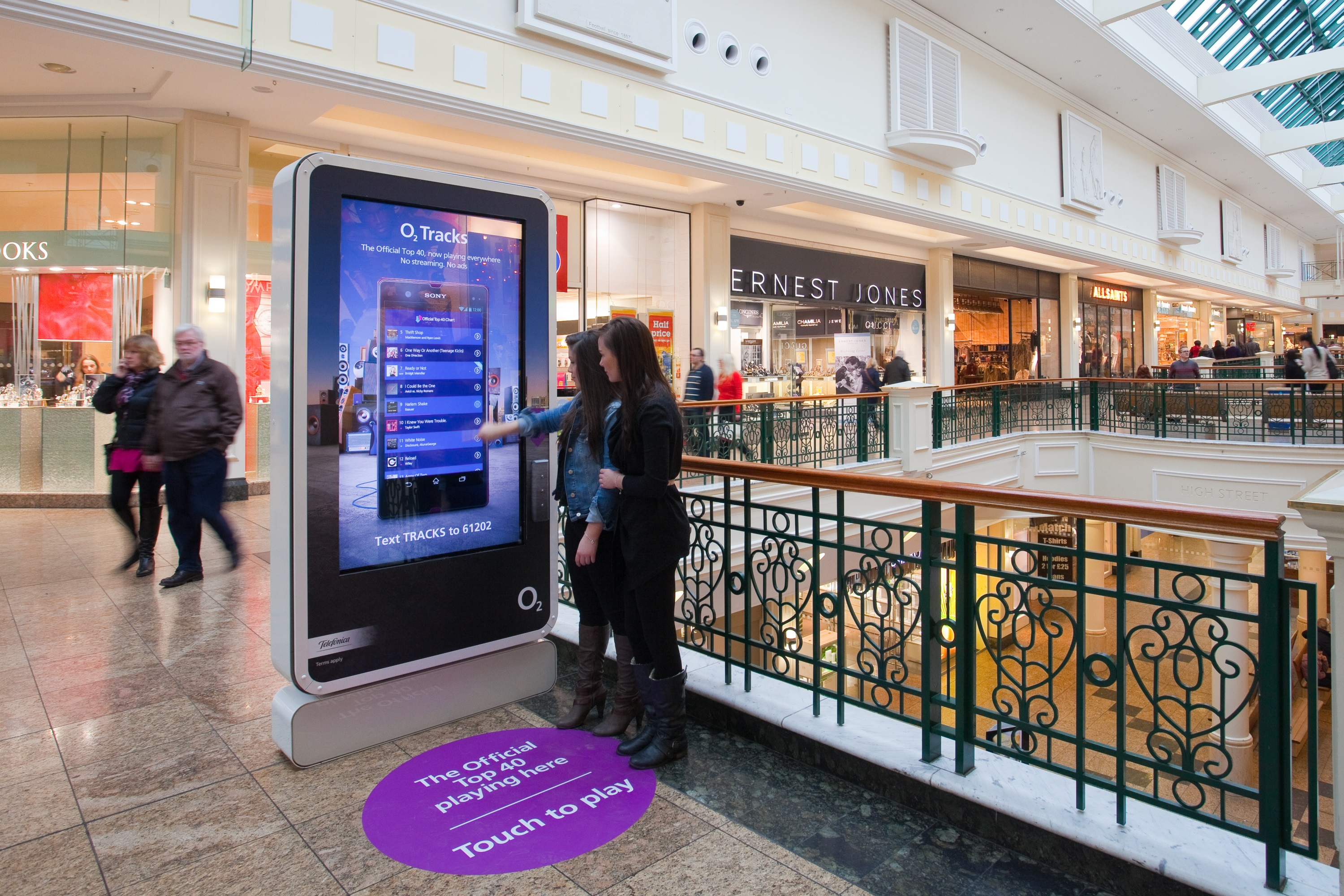Programmatic Advertising Coming To A Mall Near You