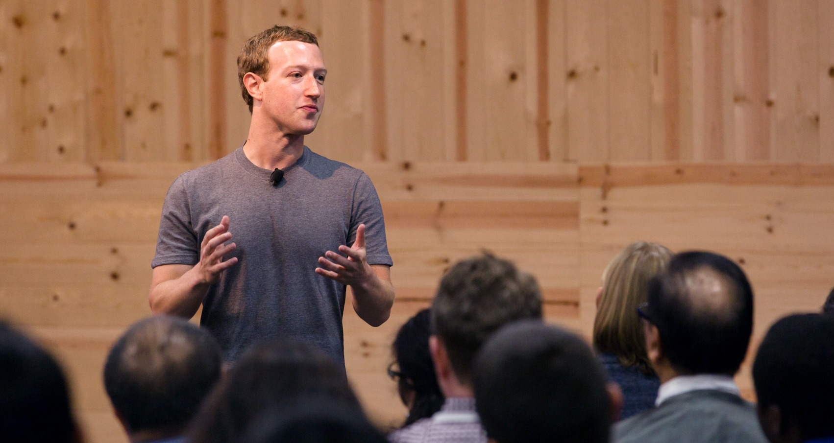 Facebook to Trial Mid-roll Video Ads