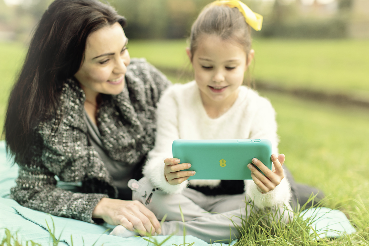 EE Unveils New Tablet Aimed at Families