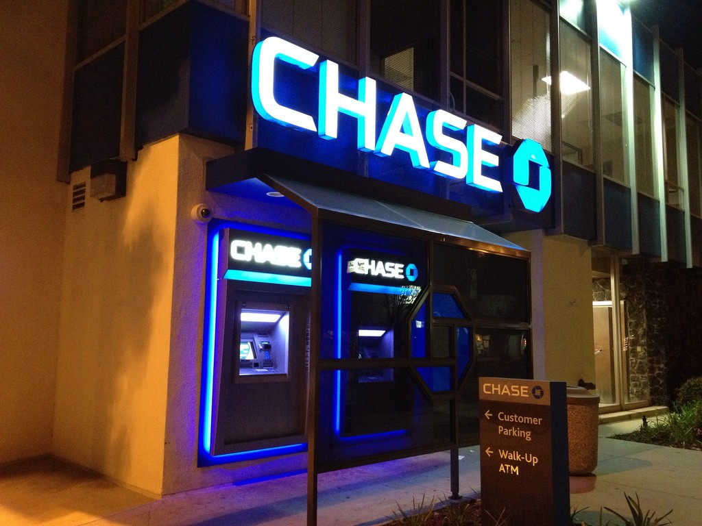 Chase ATMs Replace Cards with Smartphones