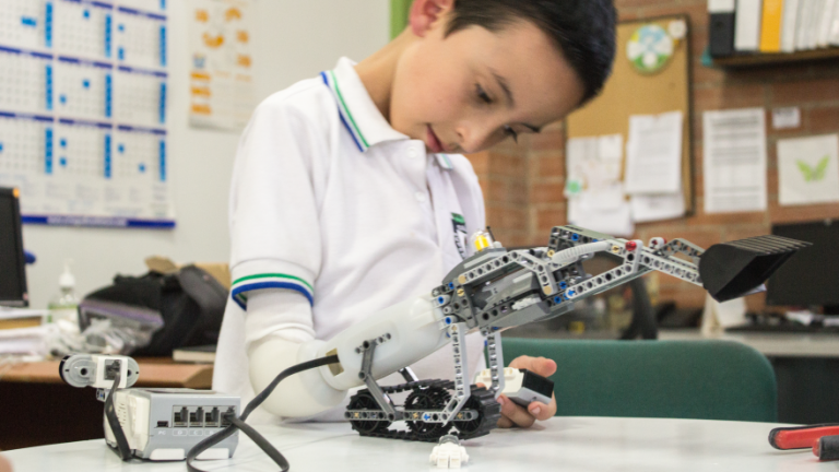 Innovation Lab: Lego Prosthetics, Safety in Iran and Puppy AI