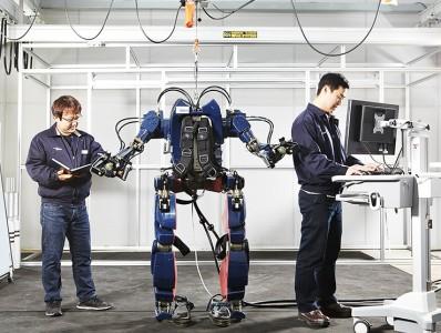 20160509-Hyundai-Wearable-Robot-08