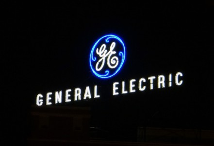 general electric GE logo irl