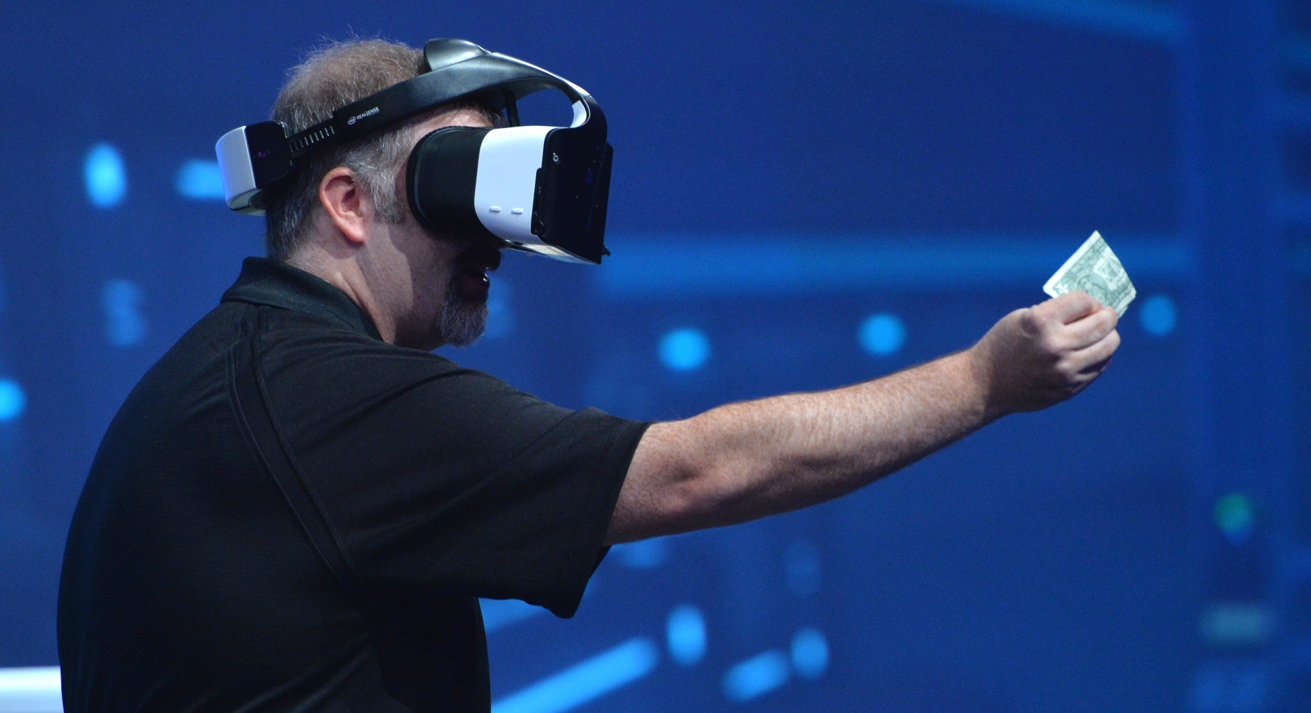 Intel Cutting VR's Cord with Project Alloy