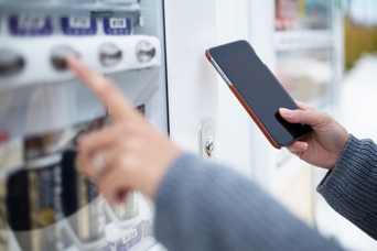 Netclearance Brings Mobile Payments to Vending Machines