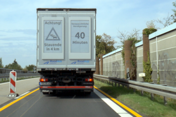 Traffic warning_electronic paper truck display