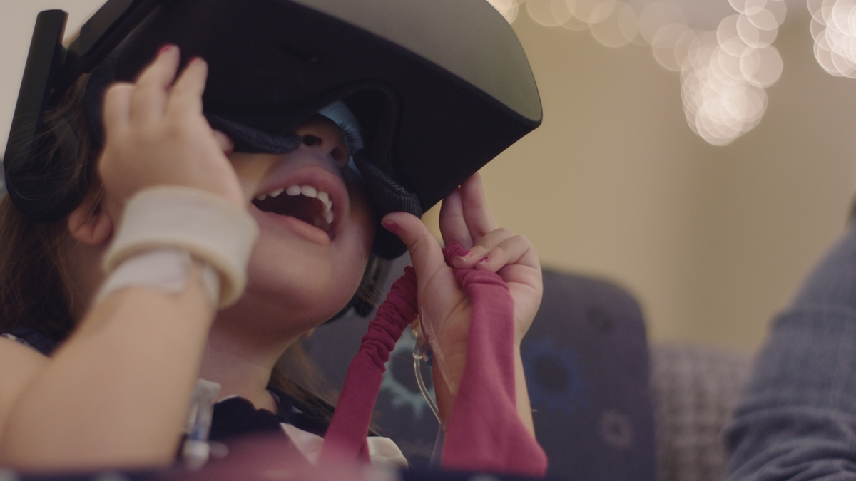 Honda Uses VR to take Children on Journey Down Candy Cane Lane