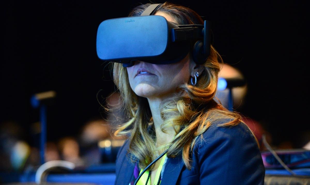 CES Intel VR