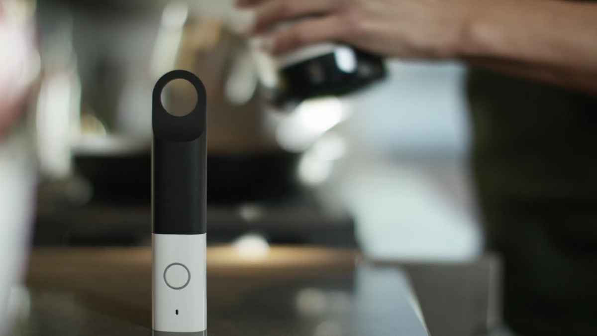 Amazon Dash Wand comes with Alexa, is essentially free for Prime members