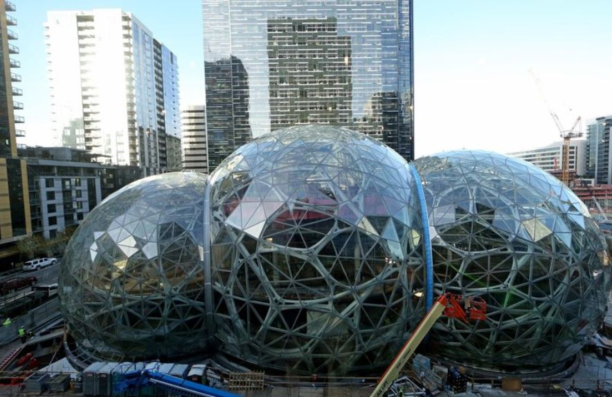 Amazon to cut hundreds of jobs at its Seattle's headquarters