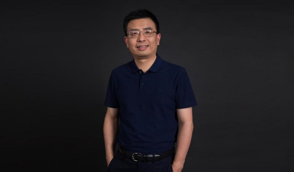 Dr Yu Dong (Tencent)
