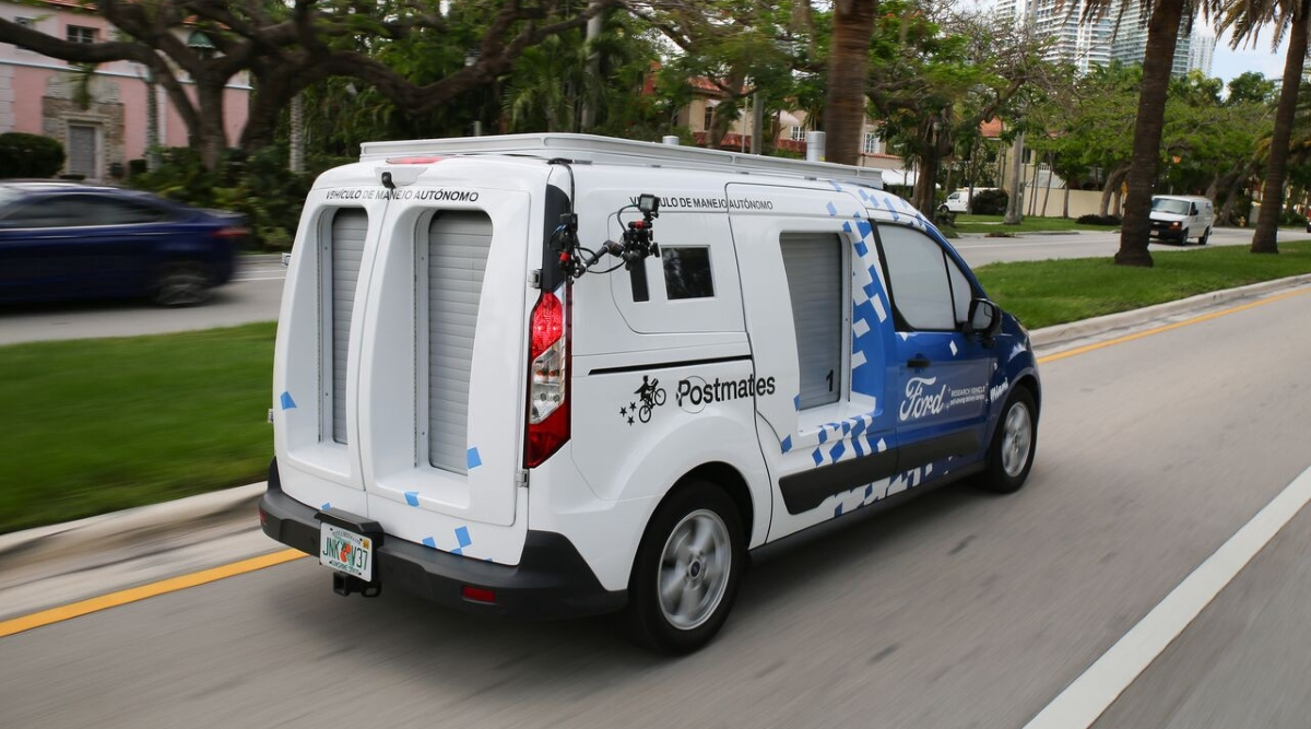Ford Postmates self-driving delivery