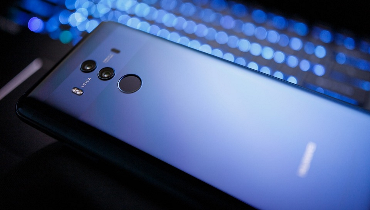 Smartphone sales continue to decline, Huawei sits in second