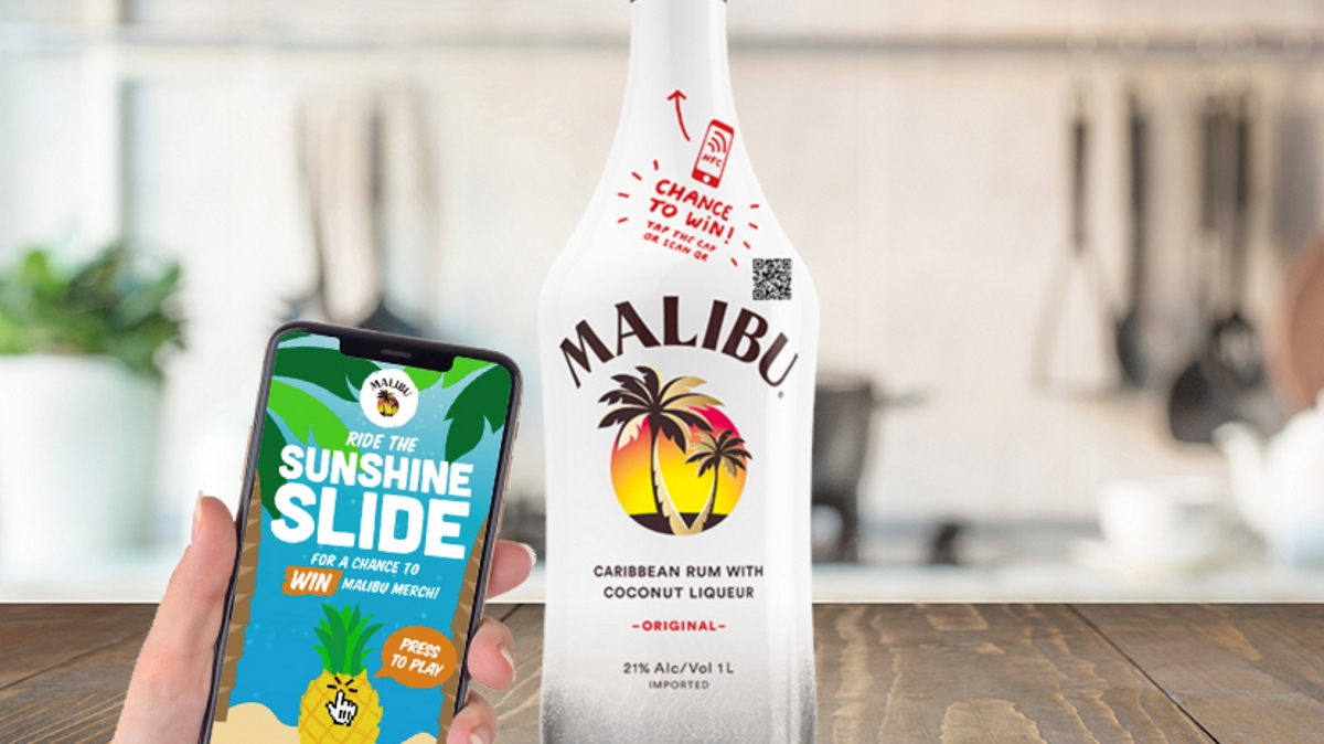 Malibu connected bottle game
