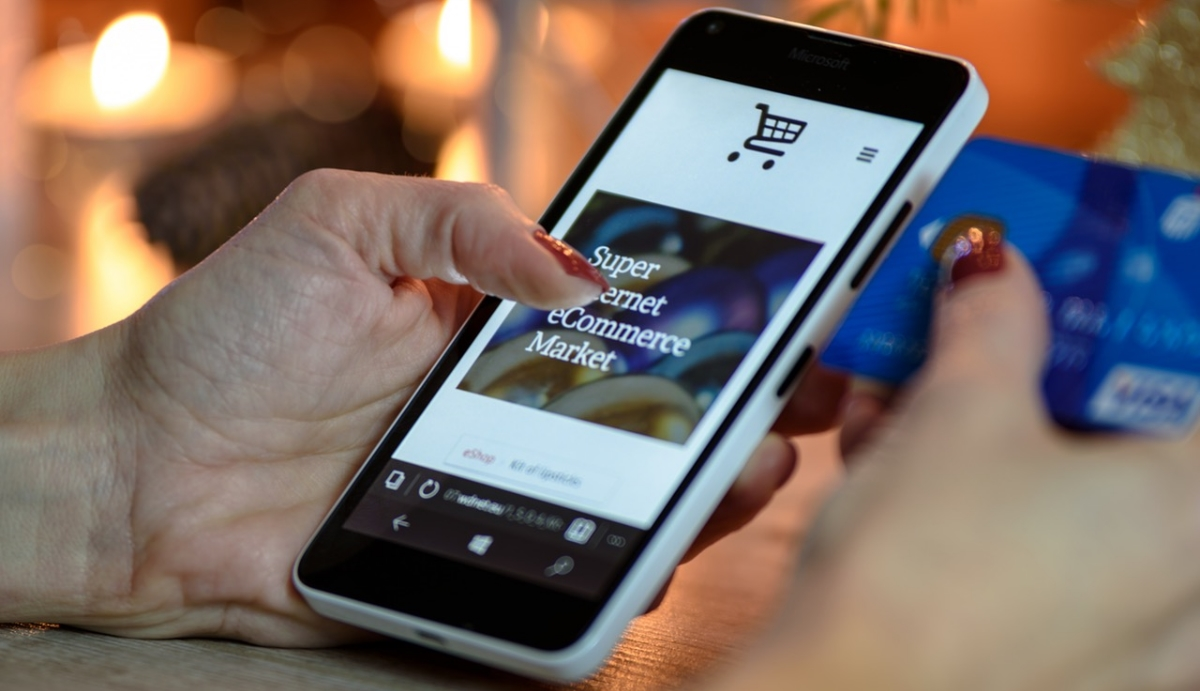 3a5856e03c614 US consumers like to research products online before buying in-store ...