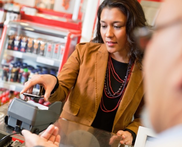 Mobile contactless payments grew by 247 per cent in the UK in 2016