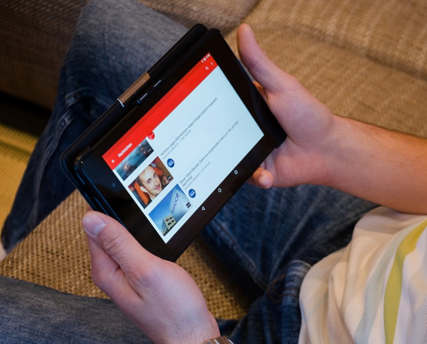 YouTube introduces a redirect away from extremist videos