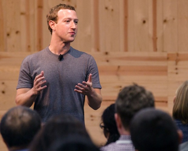 Zuckerberg defends Facebook's business model in WSJ op-ed
