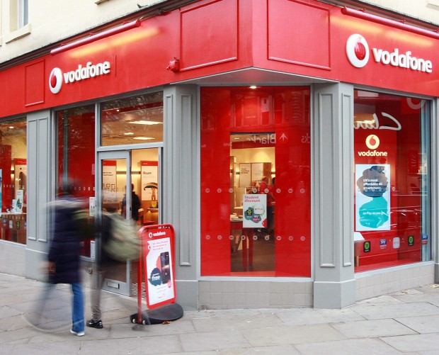 Vodafone becomes 'first' to connect 5G smartphones to live network