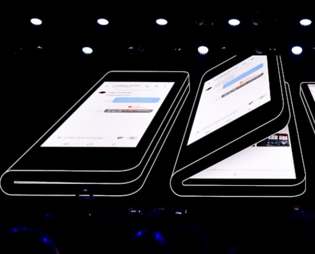 Samsung postpones Galaxy Fold launch after broken review screens