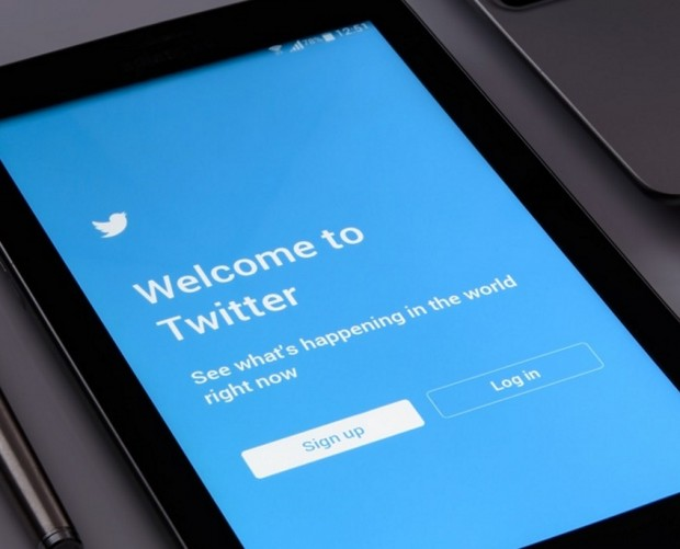 Twitter's Q3 earnings trigger a plunge in stock