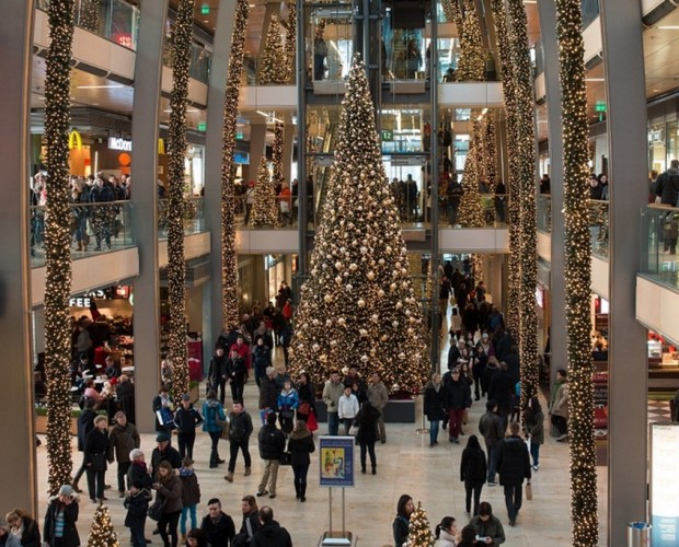 Christmas shoppers conduct most of their purchase decisions over 'dark social'