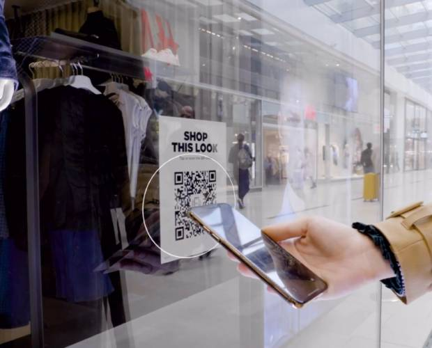 G-Star combines online and in-store shopping experience