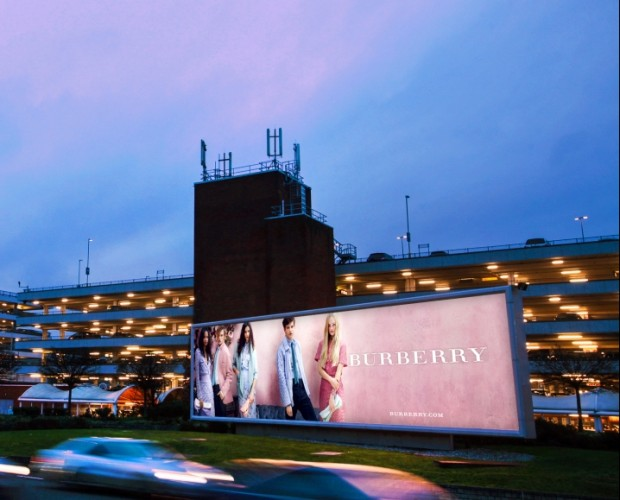 JCDecaux passes PwC digital play-out process audit