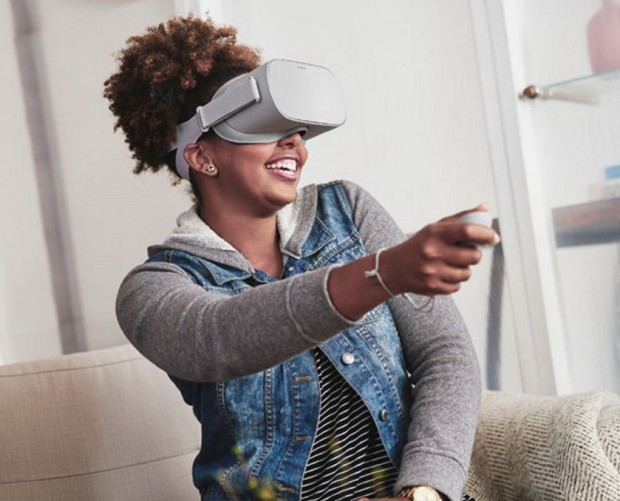 Facebook hopes to get 1bn people into VR