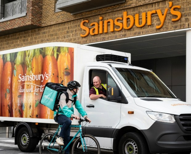 Sainsbury's partners with Deliveroo to bring freshly made pizza to your door