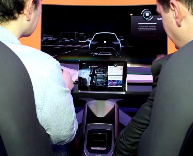 MWC: Seat's Connected Experience simulator