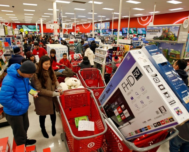 Smartphones drove over half of all traffic to retail sites on Thanksgiving